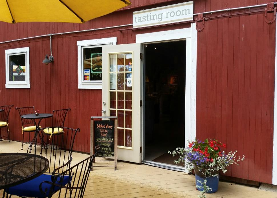 Photo of the entrance to Billsboro Winery in Geneva during the daytime