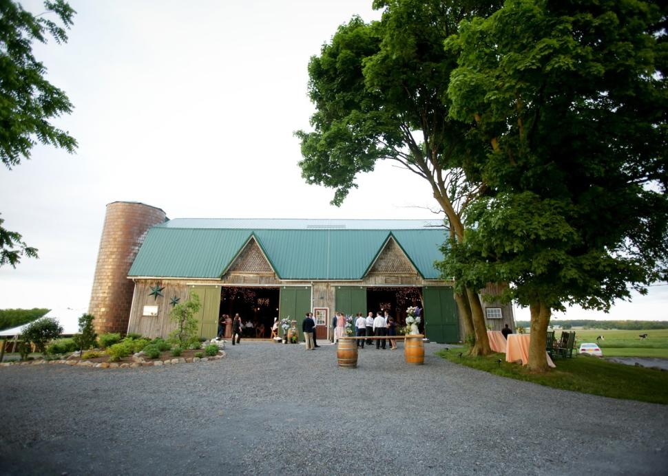 Front of Summer Tasting Barn