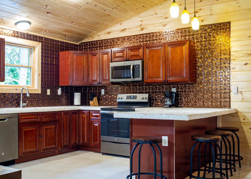 Cabin C kitchen