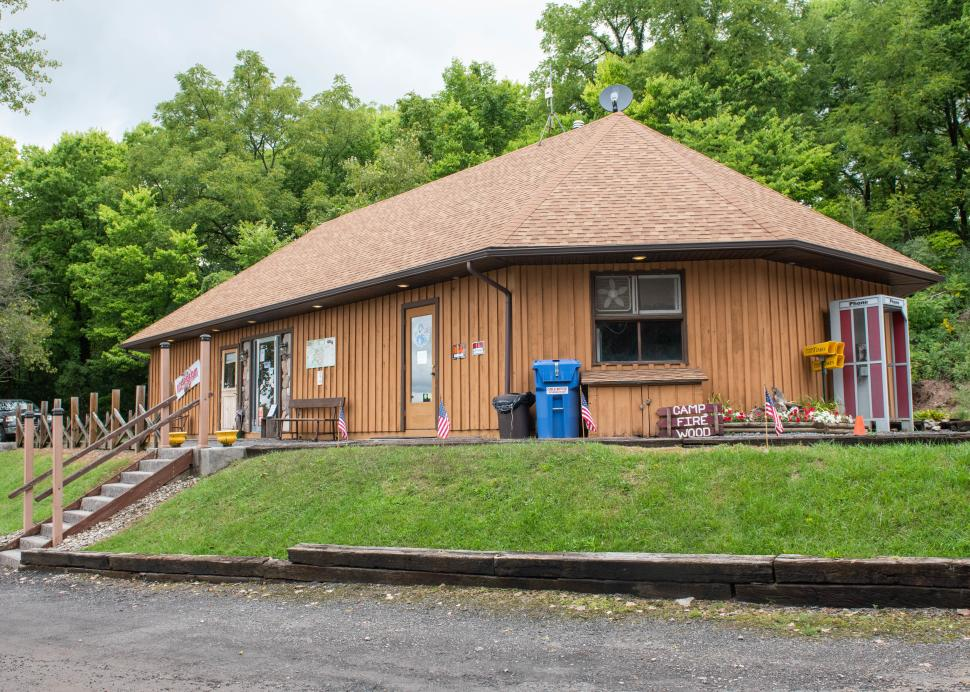 Exterior of the main building at Cheerful Valley Campground
