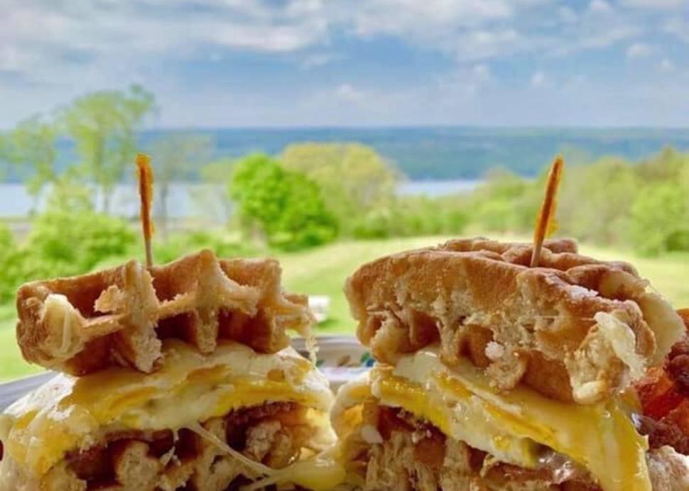 Elf_in_the_Oak_Waffle_Sandwich