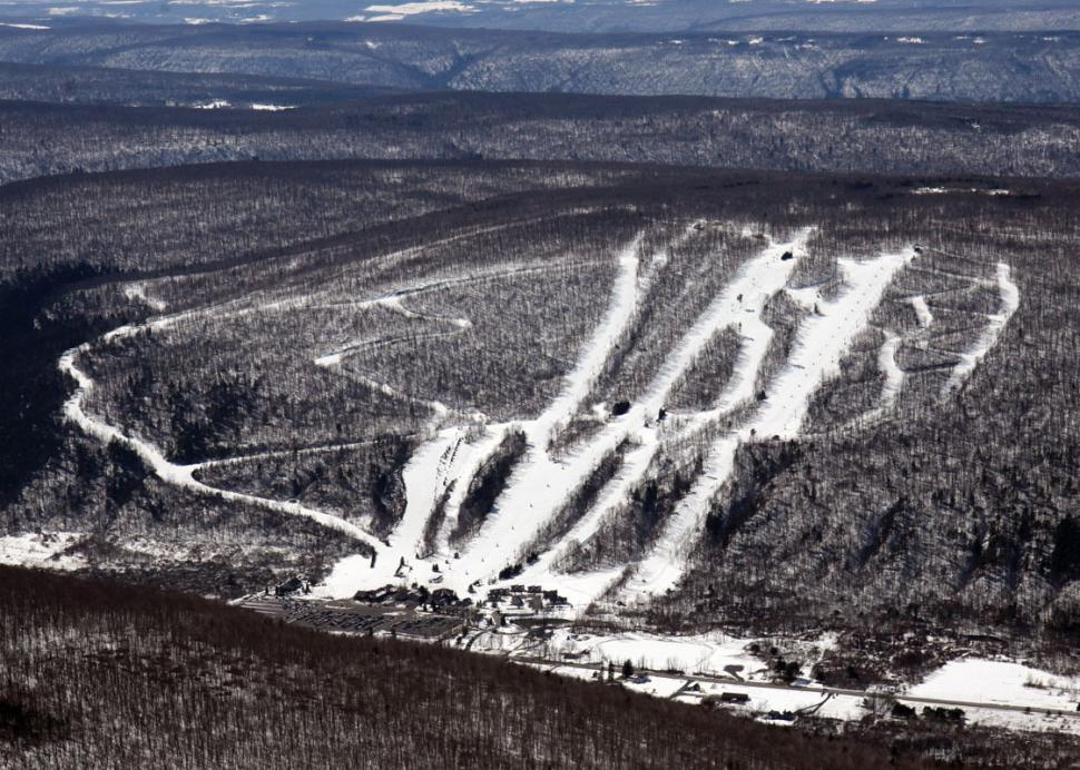 Bristol-Mountain-Canandaigua-aerial-view-of-trails