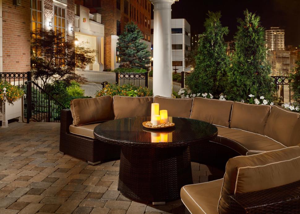 Genesee Grande Hotel