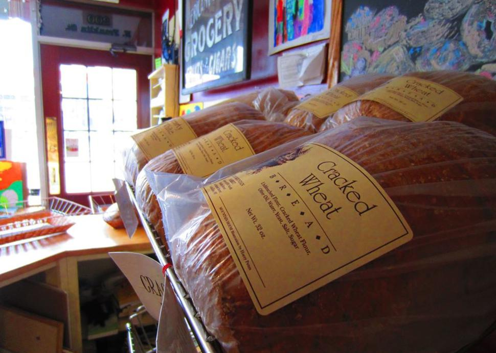 Glen_Mountain_Market_Bread