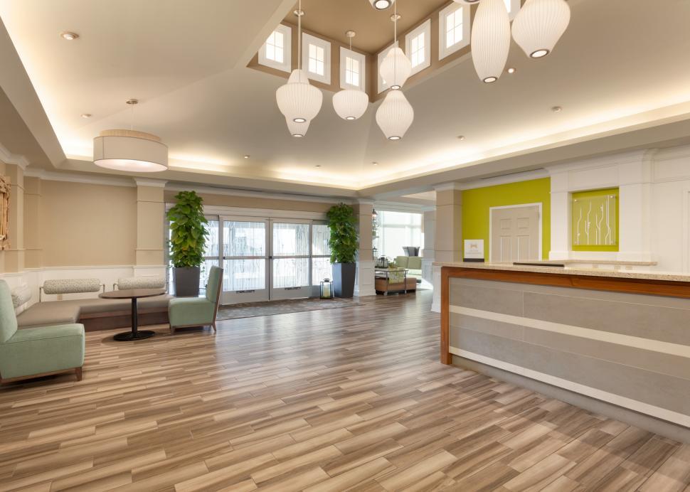 Hilton Garden Inn Ithaca lobby