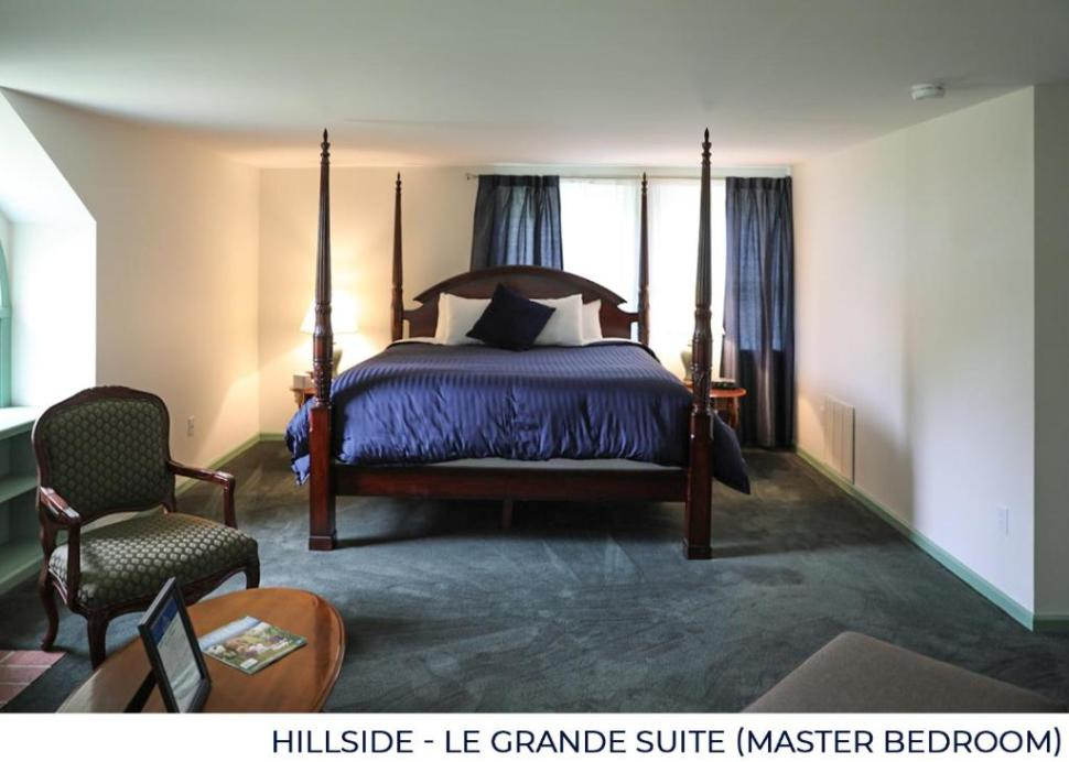 Le Grande Suite Master Bedroom