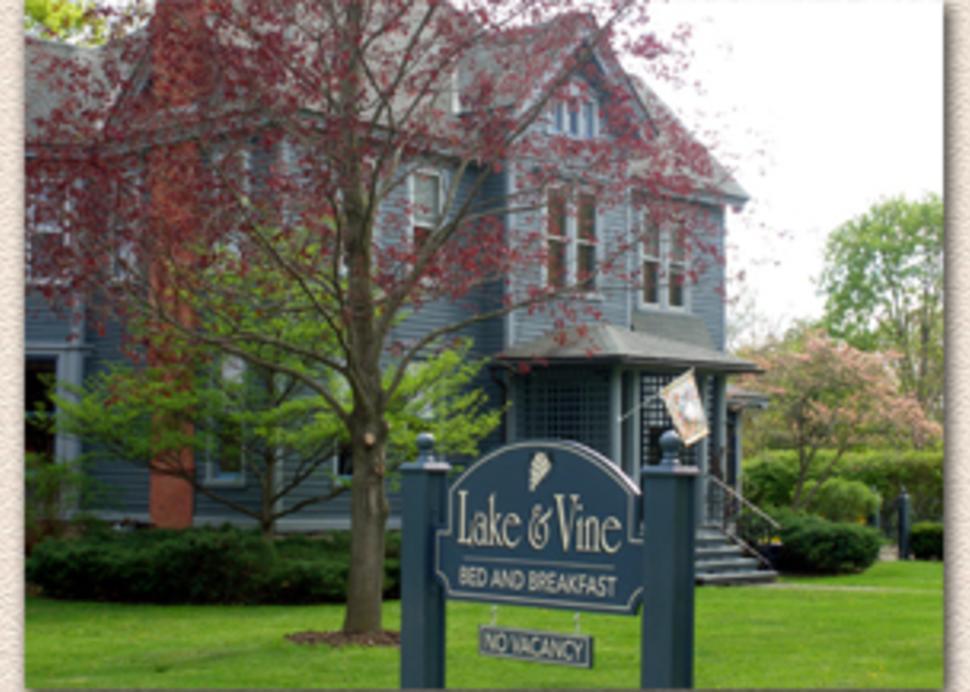 Lake & Vine Bed & Breakfast