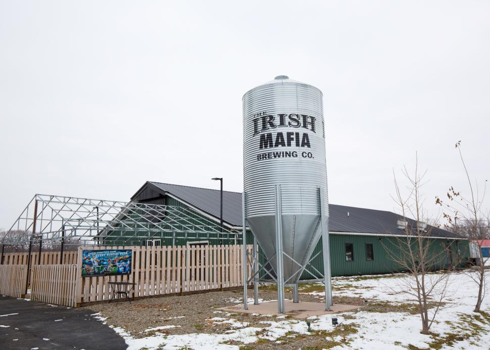 Exterior of Irish Mafia Brewing Company during the wintertime