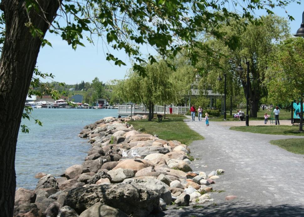 The walking path along Canandaigua Lake at Kershaw Park