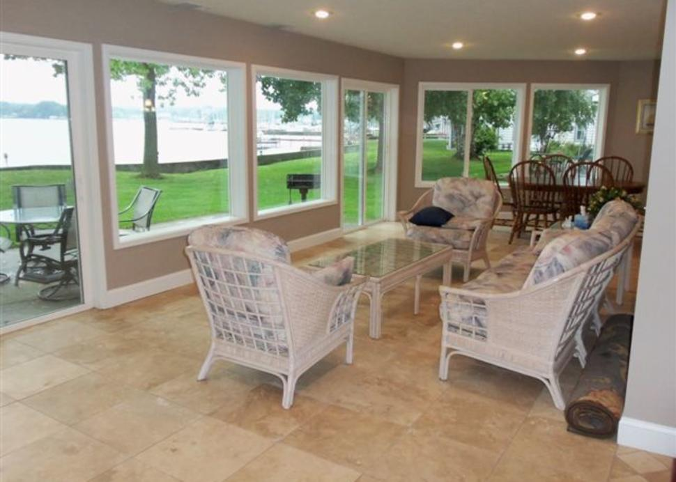 Lake Ontario Cottage Rentals porch
