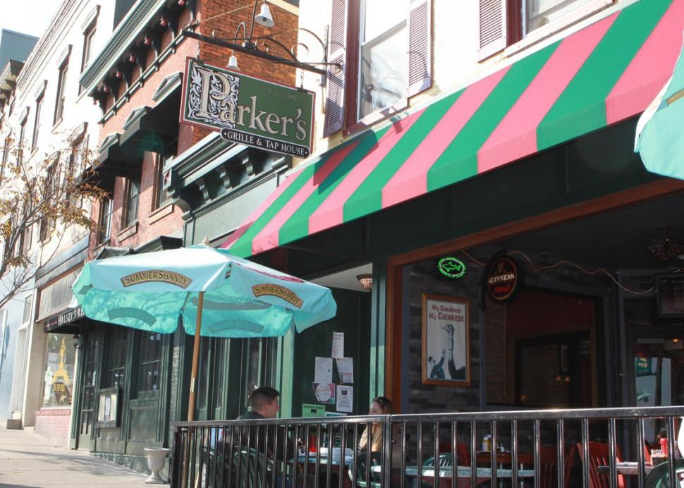 Patio seating at Parker's Grille and Tap House