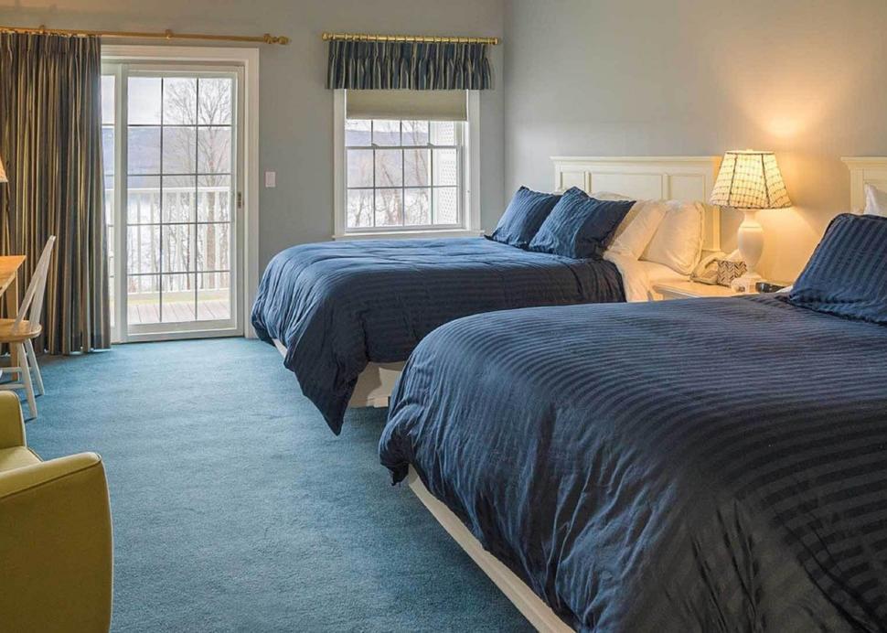 Edgewood Two Queen Room
