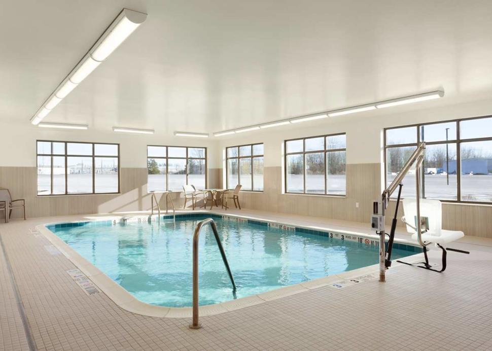 Homewood Suites Swimming Pool