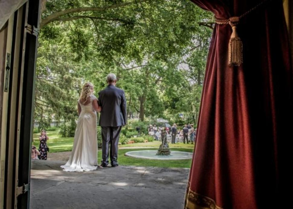 Wedding at the Seward House Museum