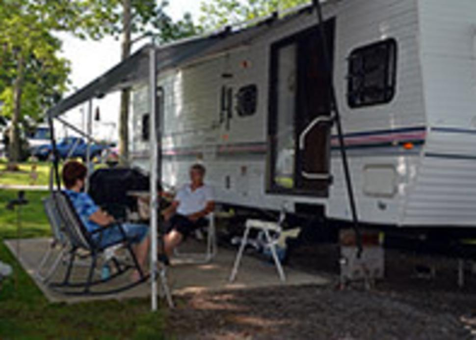 South Shore RV Park  RV Side