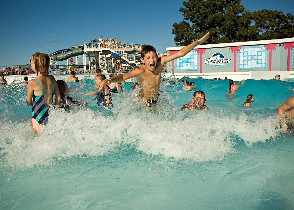 seabreezeWave Pool Jump.jpg