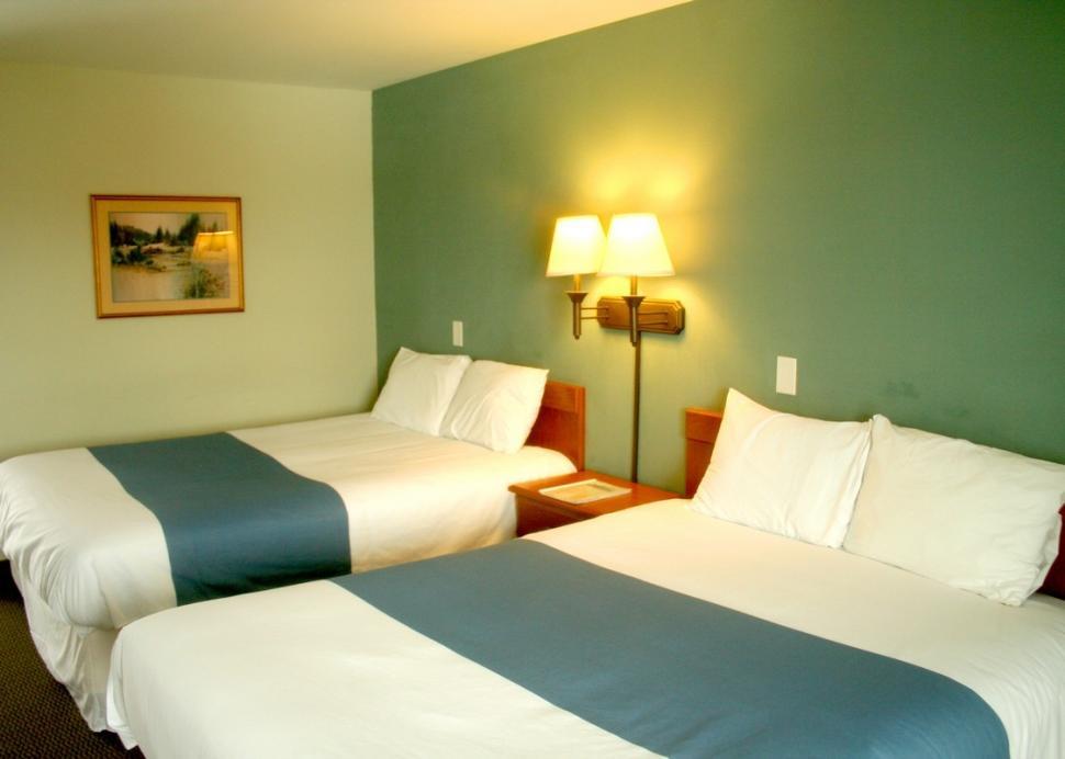 Bedroom at Travelodge Farmington