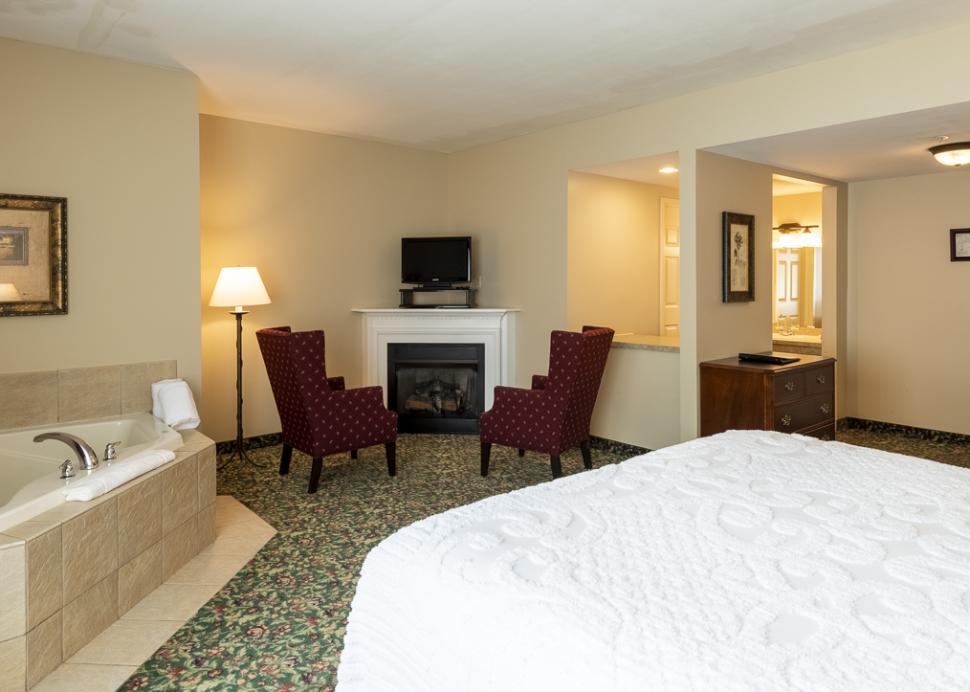 Vinifera Inn Reserve Room (2)