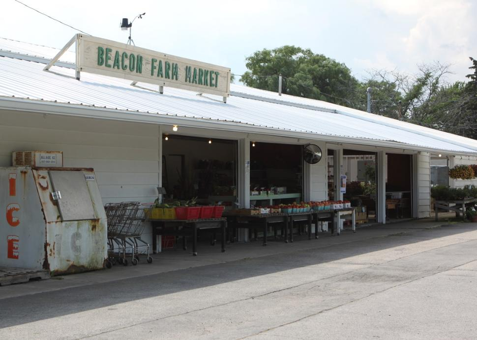 Exterior of Beacon Farm Market in Canandaigua, NY