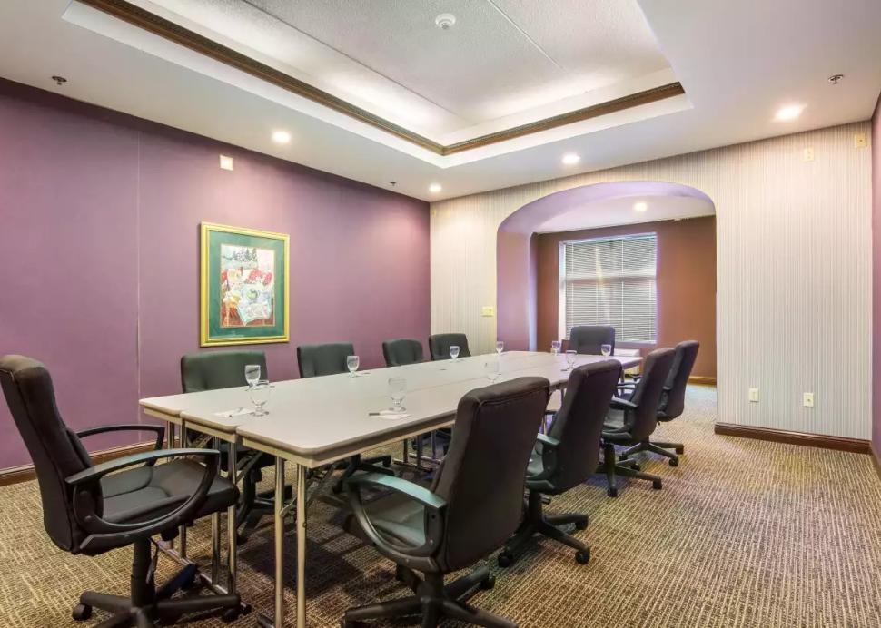Boardroom 3