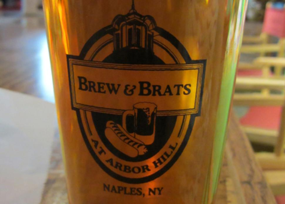brew-brats-naples-full-glass-beer
