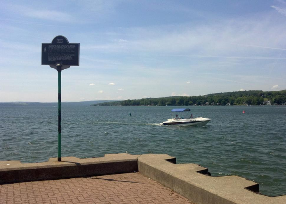 canandaigua-city-pier-canandaigua-boat-driving-by