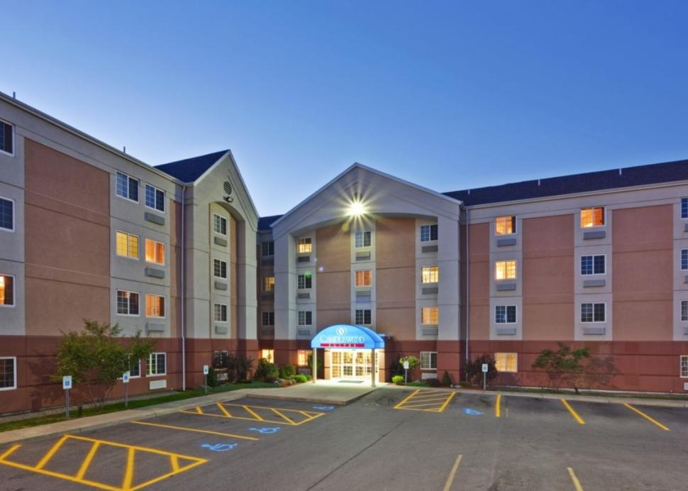 Candlewood Suites Front