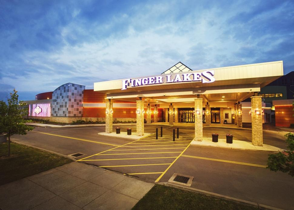 finger-lakes-gaming-and-racetrack-farmington-exterior