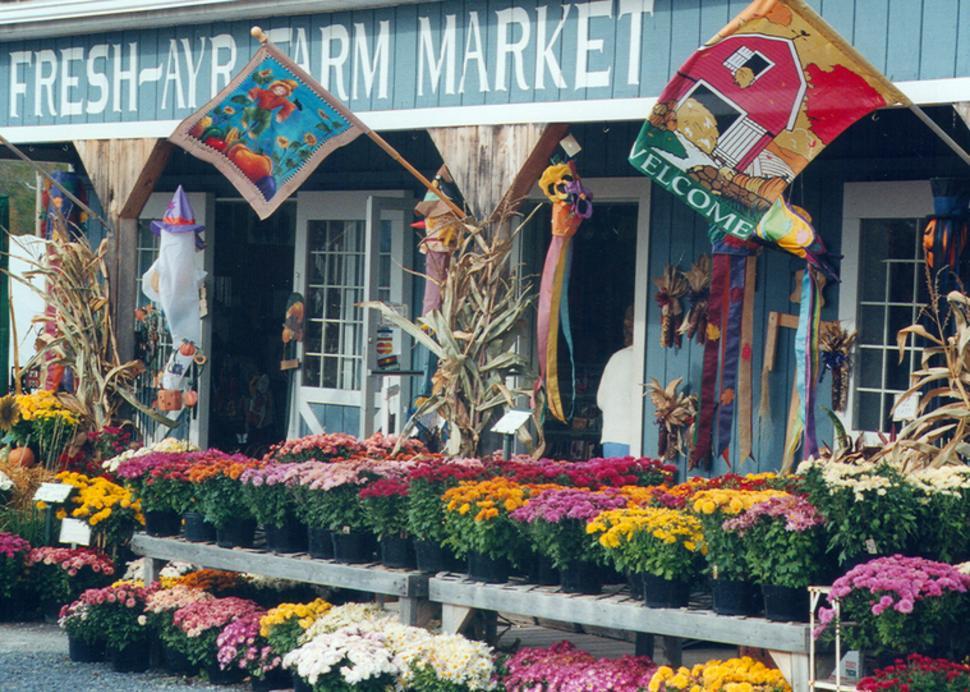 Exterior of Fresh-Ayr Farm Market in Shortsville