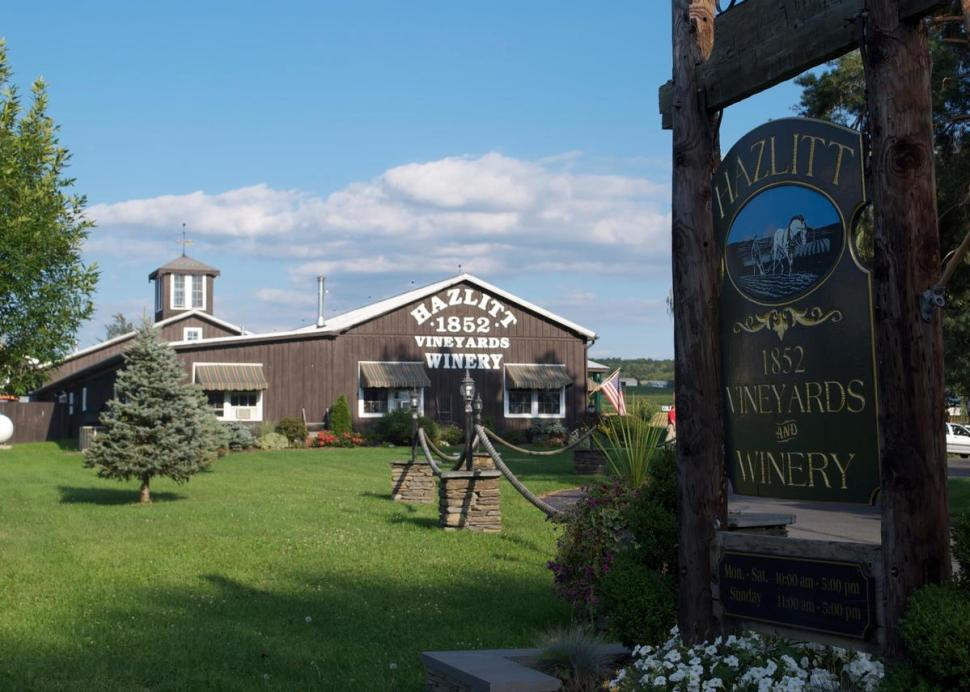 Hazlitt 1852 Vineyards