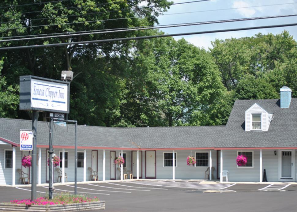 A quaint motel in downtown Watkins Glen