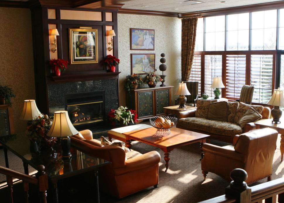 inn-on-the-lake-canandaigua-lobby-fireplace