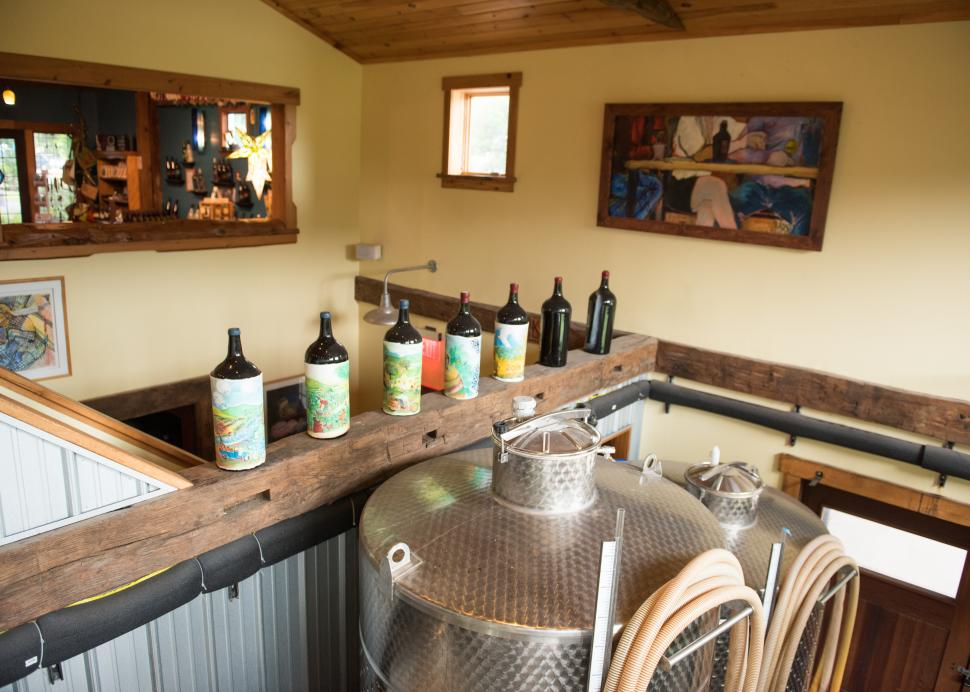 Photo of the tasting room inside of Inspire Moore in Naples