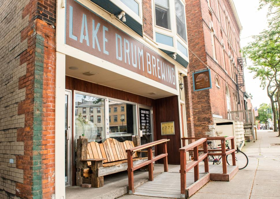 Exterior of Lake Drum Brewing in Geneva