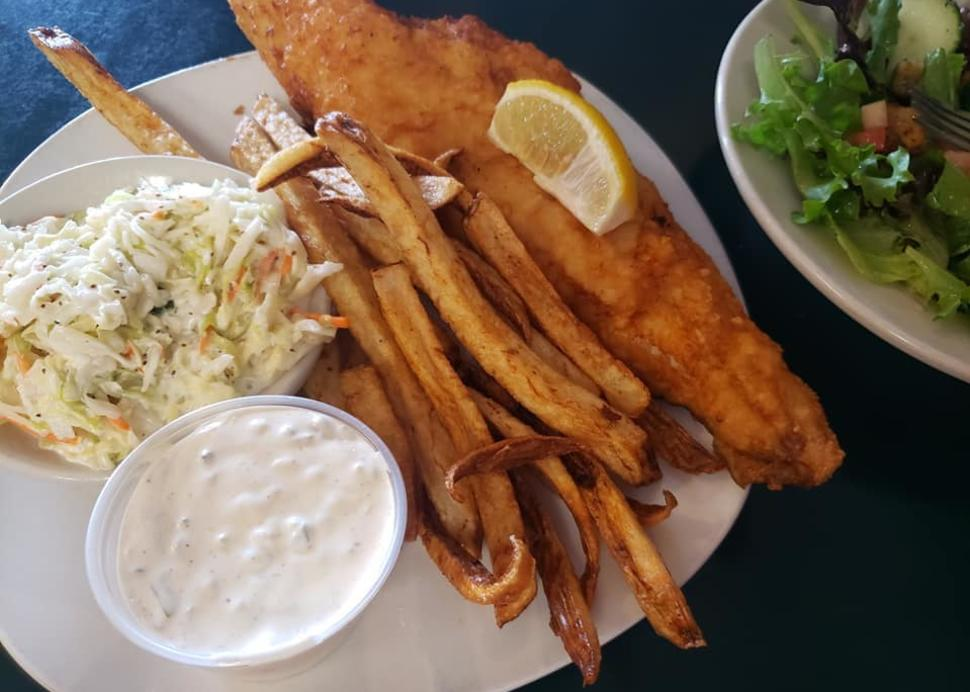 Mae's Fish Fry