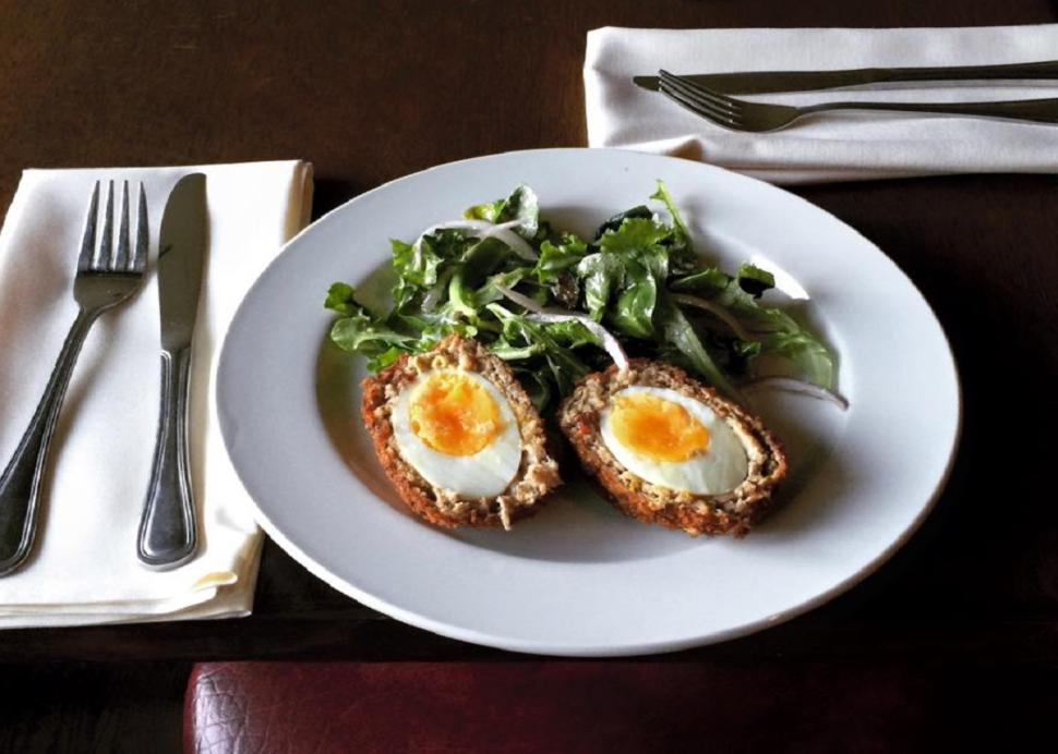 red-dove-tavern-geneva-eggs