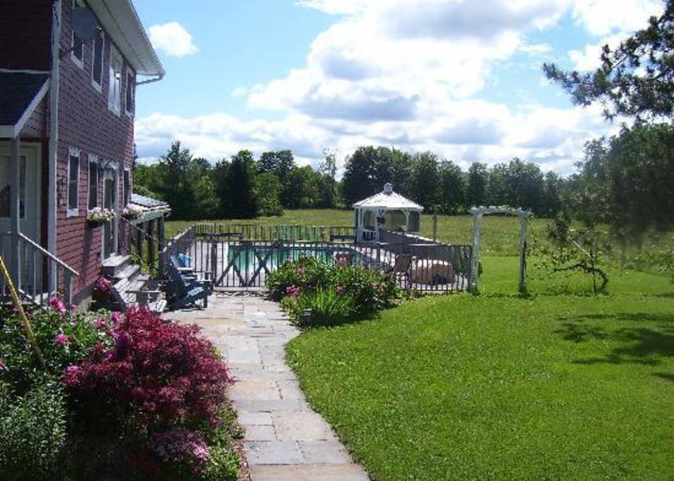 RoseBarb Farm Cottage