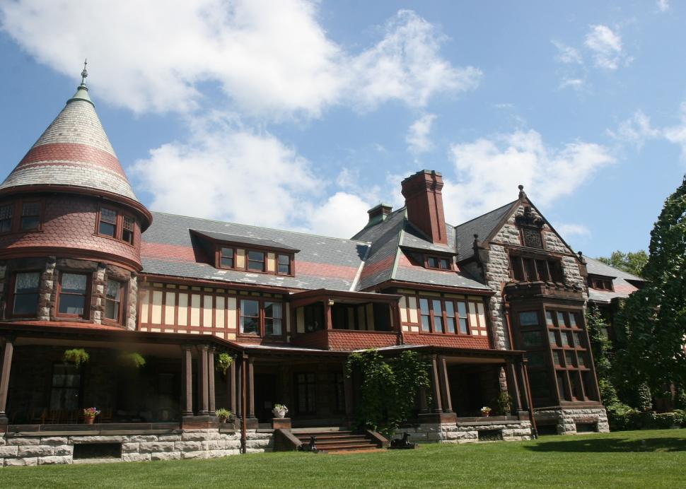 Sonnenberg Mansion