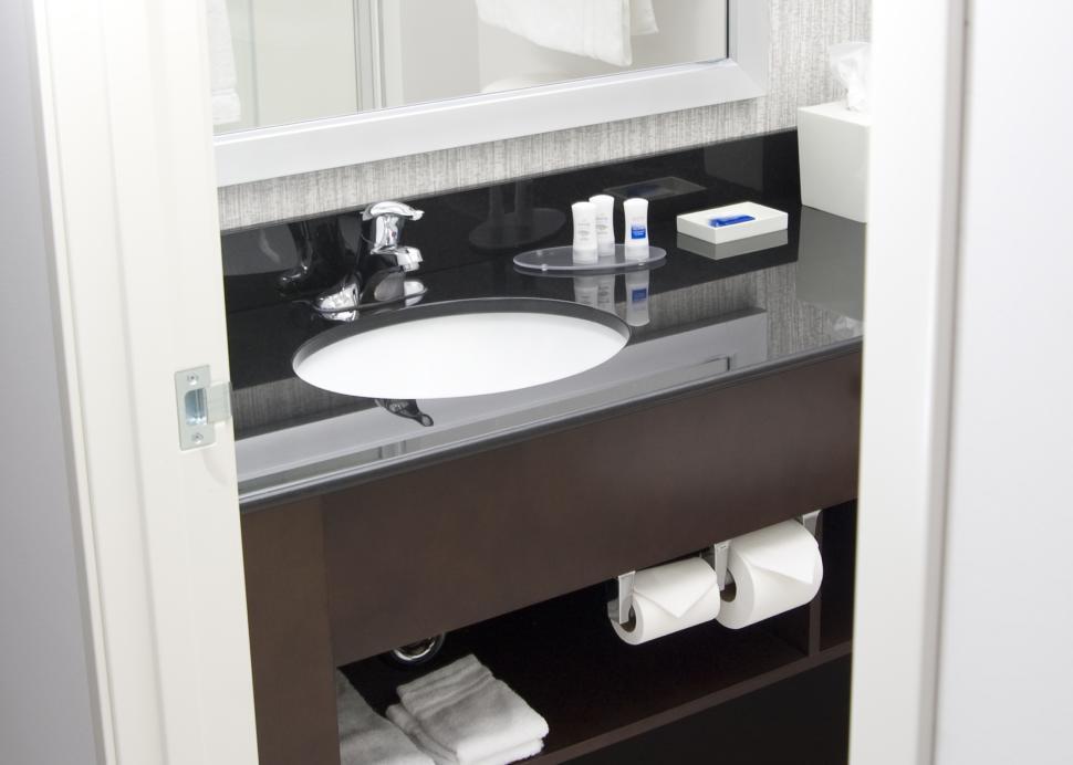 Bath Room Vanities All Have Granite Counter Tops