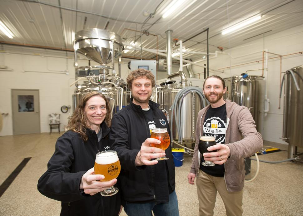 webe-brewing-geneva-interior-friends