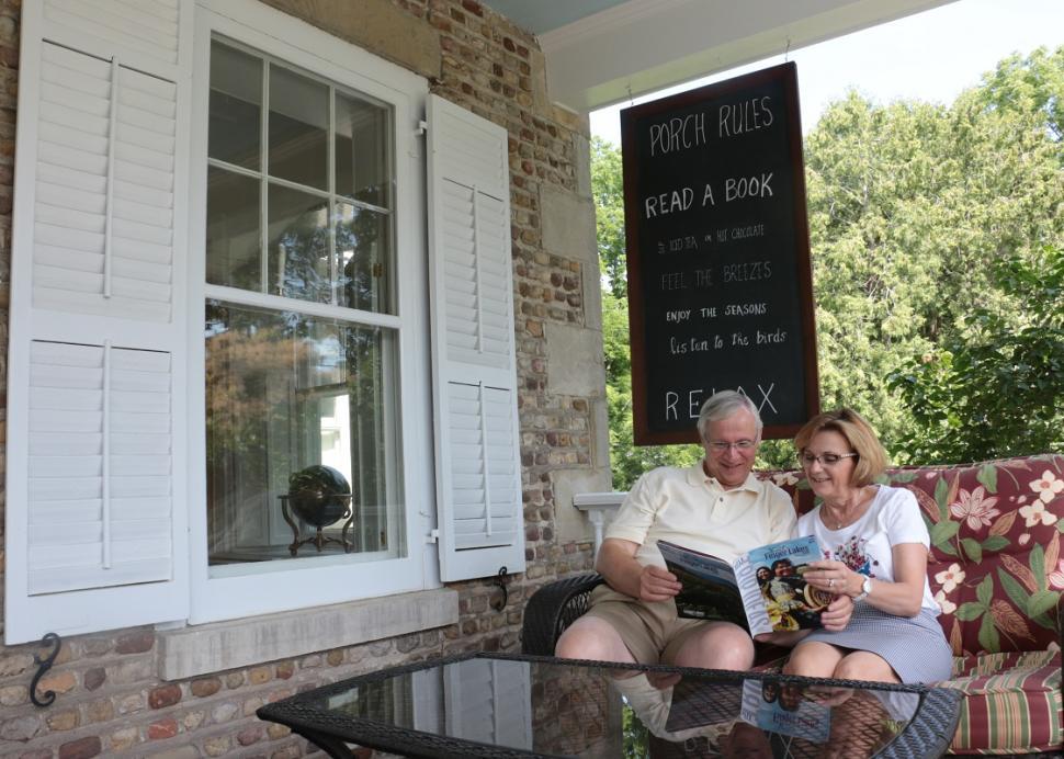 cobblestone-cottage-canandaigua-porch