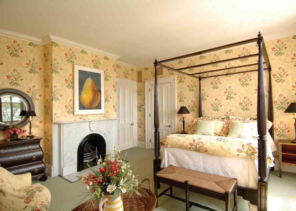 EB_Morgan_House_Bedroom copy.jpg
