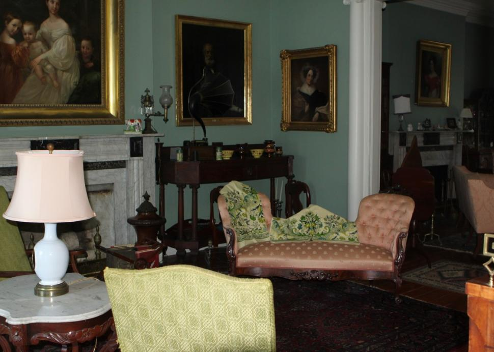 The living room at the Geneva Historical Society Prouty-Chew House