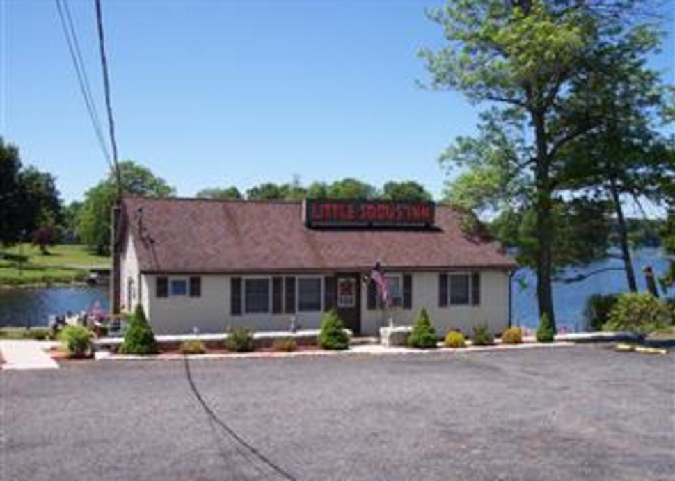 Little Sodus Inn