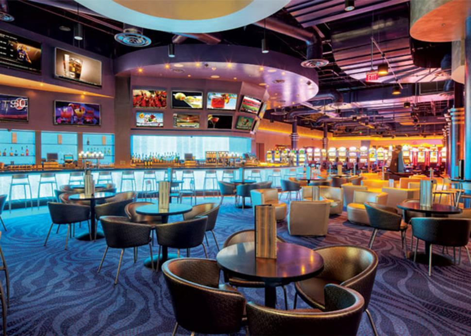 finger-lakes-gaming-and-racetrack-farmington-remedy-bar