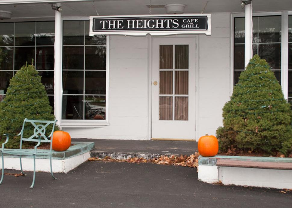 Heights Cafe & Grill, The