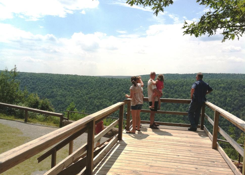 ontario-county-park-naples-people-deck-view