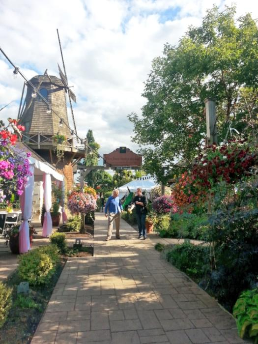Windmill Bistro in Sumner