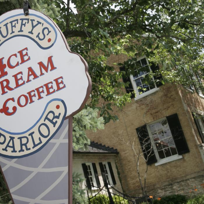 Scruffy's Ice Cream Parlor & Coffee Sign