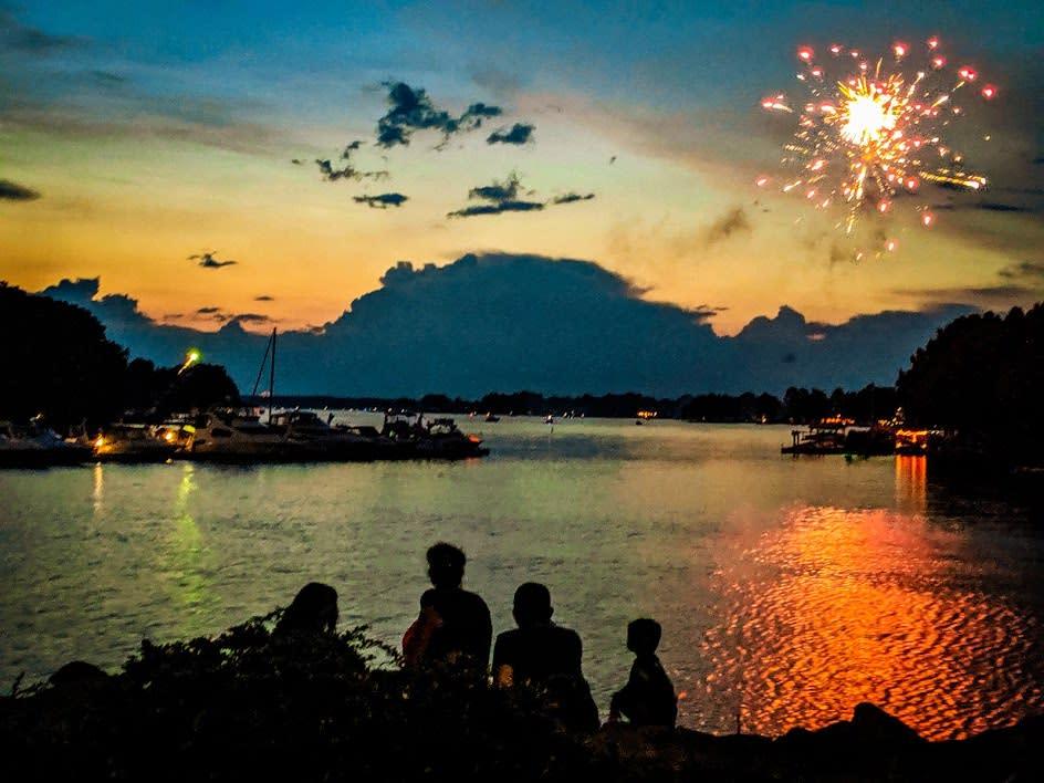 July 4th Lake Photo